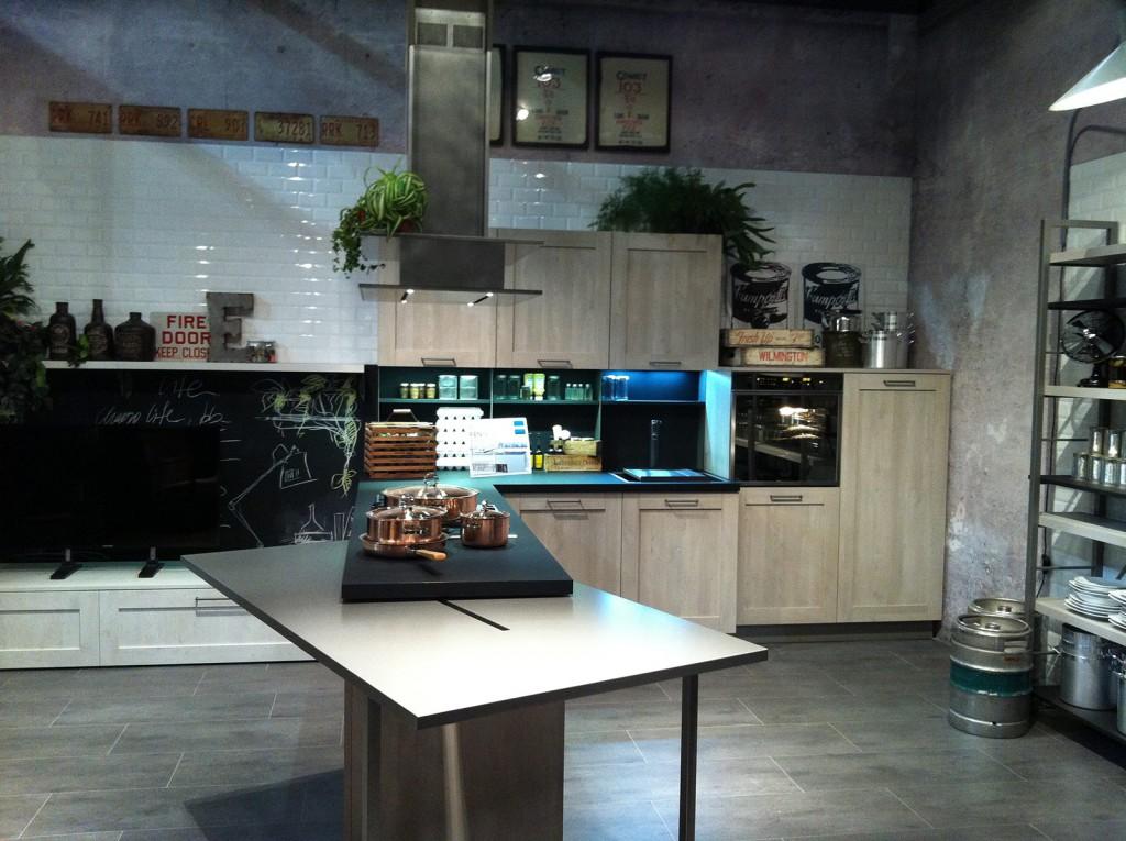 City cucine mobili di qualit al giusto prezzo milano - Cucina city stosa ...